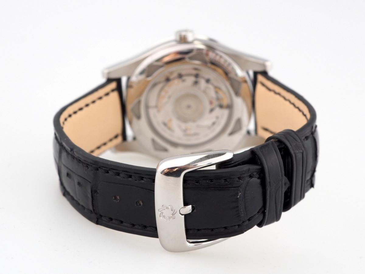 Швейцарские часы Carl F. Bucherer Manero RetroGrade