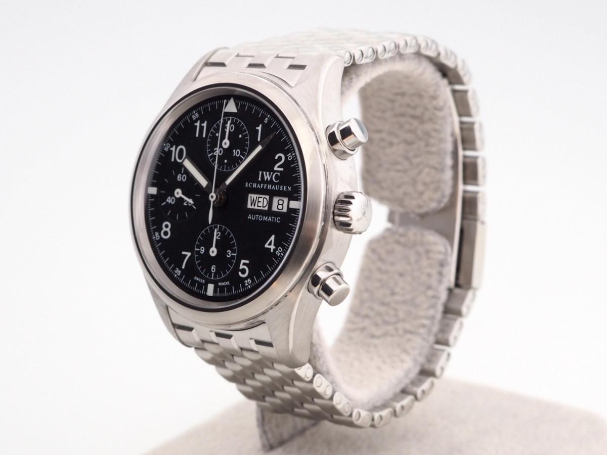 Швейцарские часы IWC Pilot Spitfire Chronograph