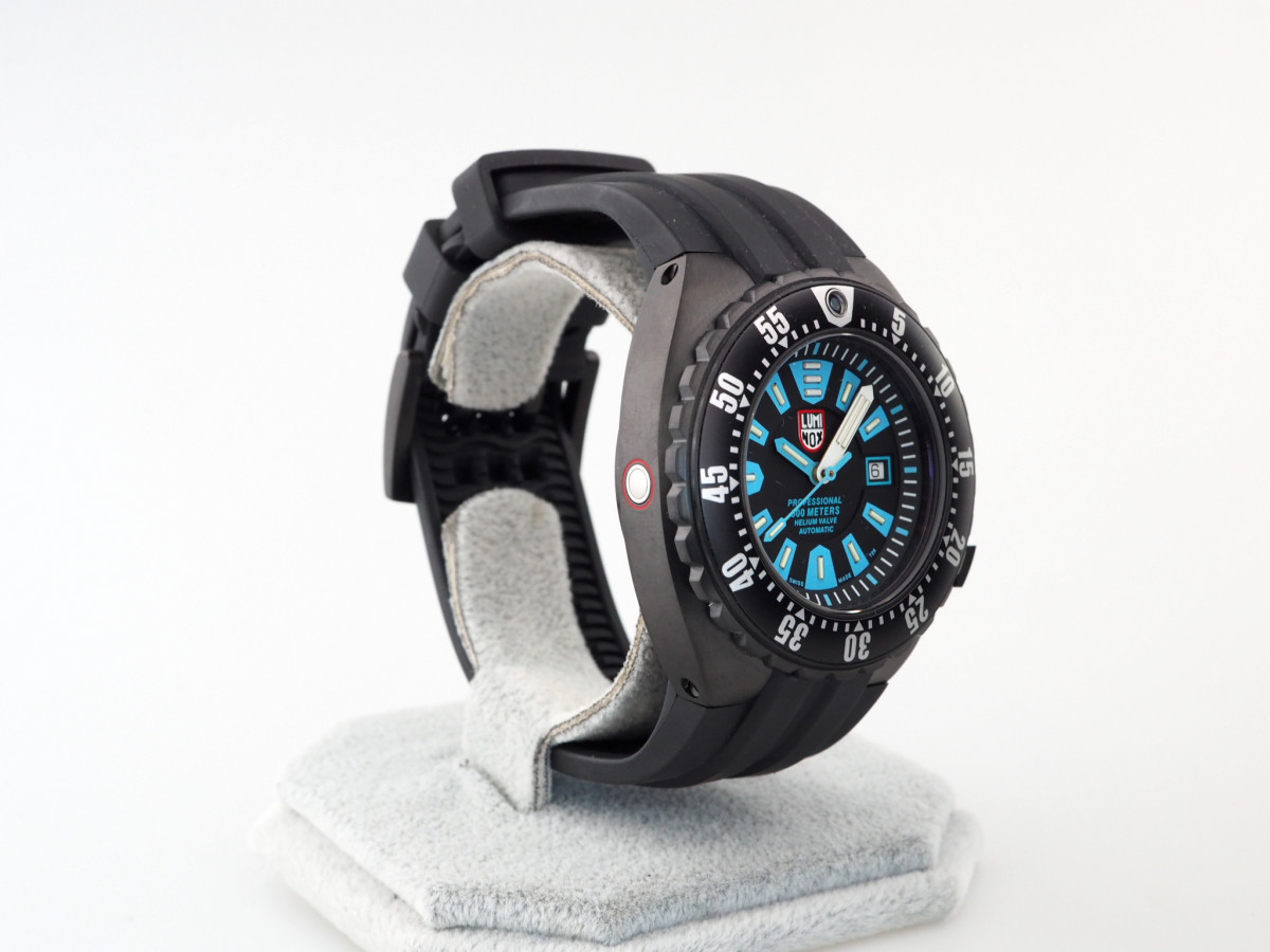 Швейцарские часы Luminox Deep Dive