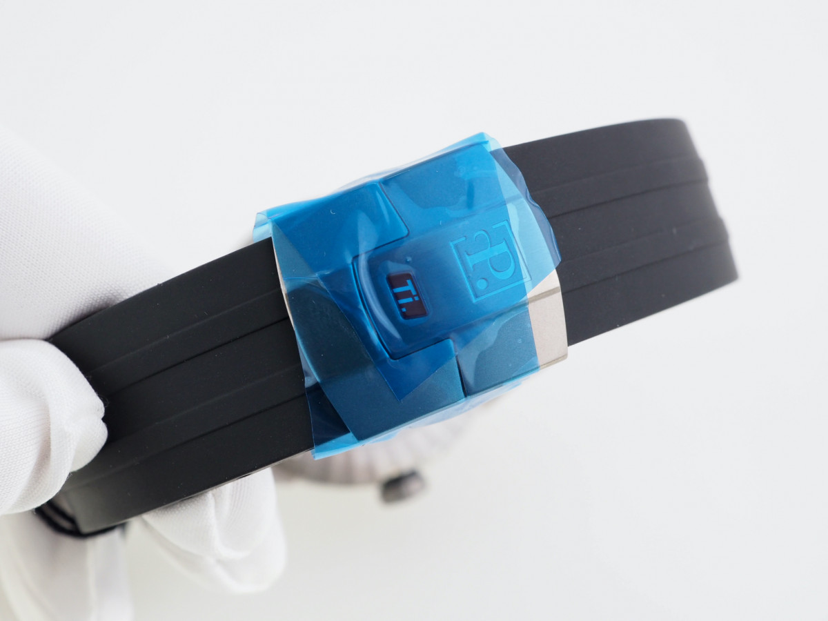 Швейцарские часы Perrelet Moonphase Sport