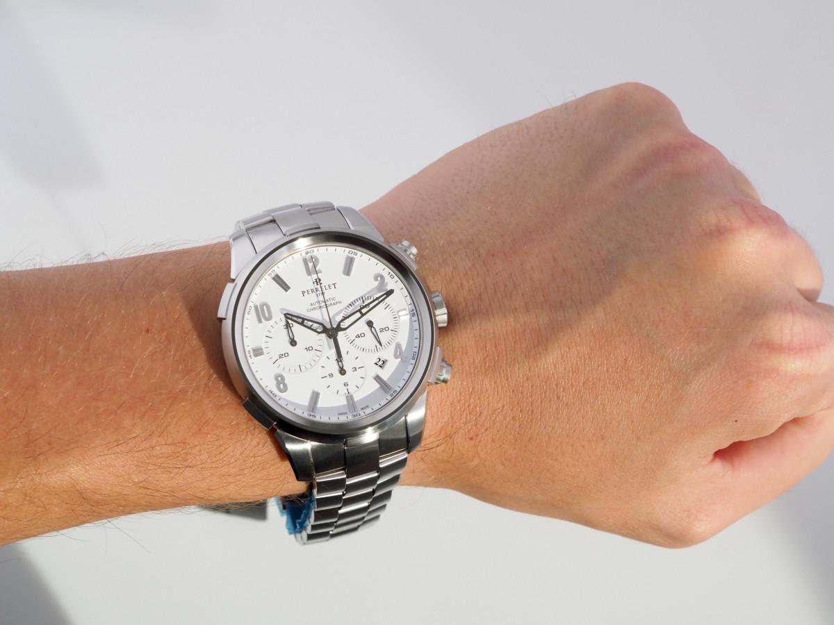 Швейцарские часы Perrelet T-Class Chronograph