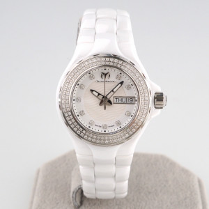 Швейцарские часы TechnoMarine Cruise Ceramic Diamonds
