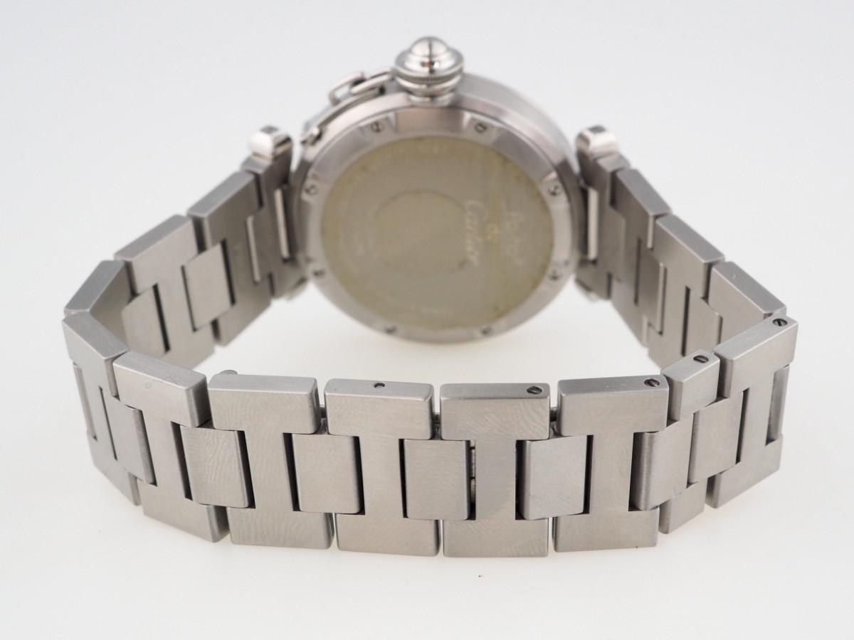 Швейцарские часы Cartier Pasha C Big Date