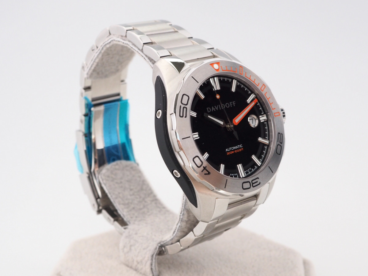 Швейцарские часы Davidoff Velocity Diver Black Dial