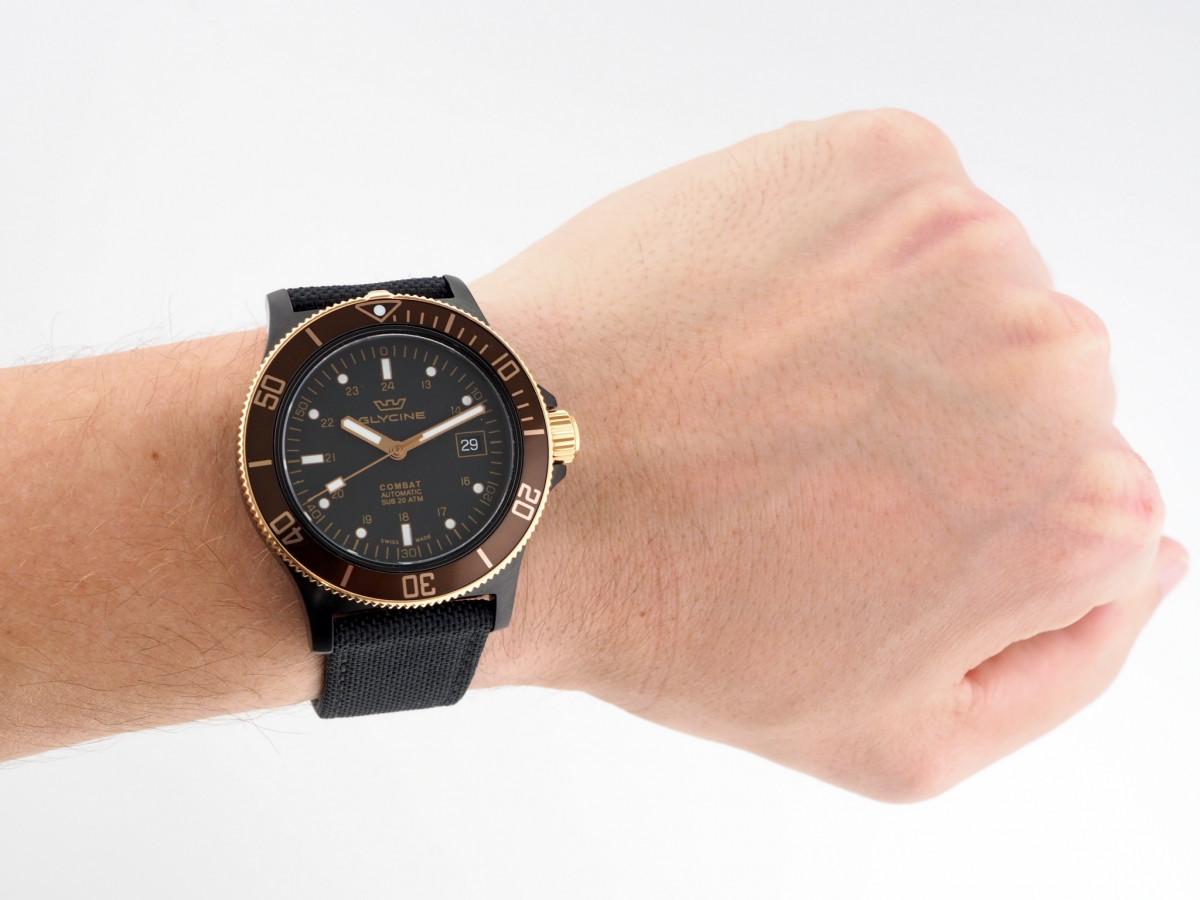 Швейцарские часы Glycine Combat SUB Golden Eye