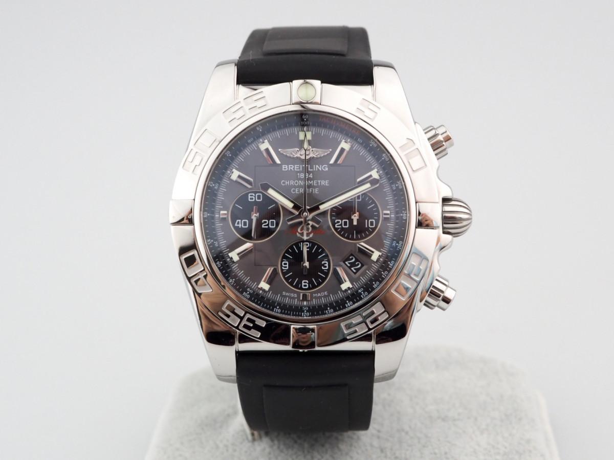 Швейцарские часы Breitling Chronomat 44