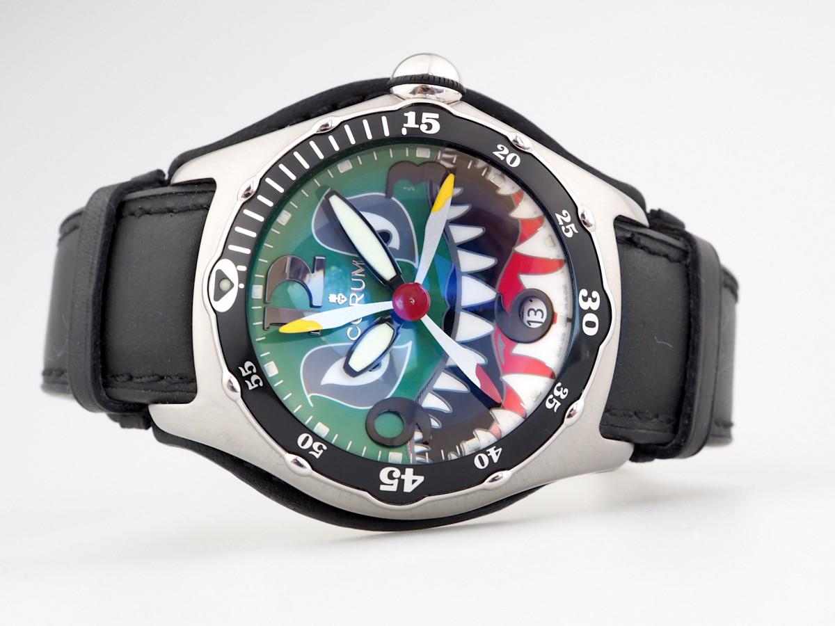 Швейцарские часы Bubble Shark Dive Bomber Limited
