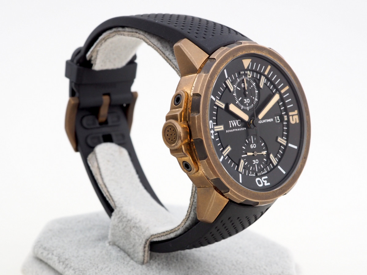 Швейцарские часы IWC Aquatimer Chronograph Expedition Charles Darwin