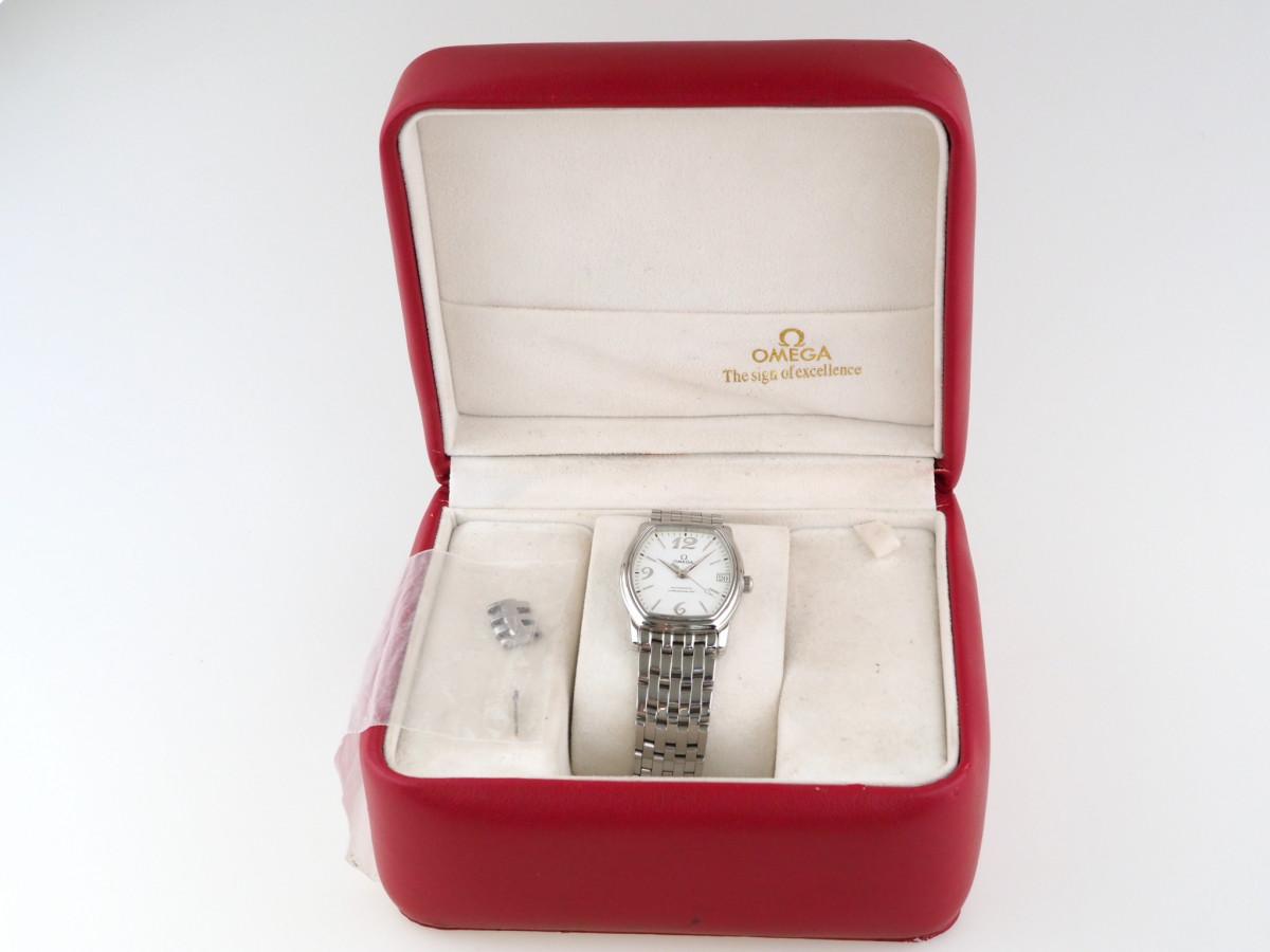Швейцарские часы Omega De Ville Prestige Tonneau