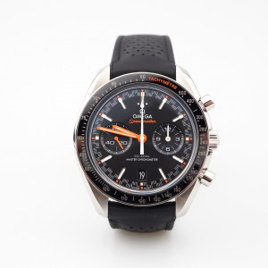 Швейцарские часы Omega Speedmaster Racing Co-Axial Master Chronometer