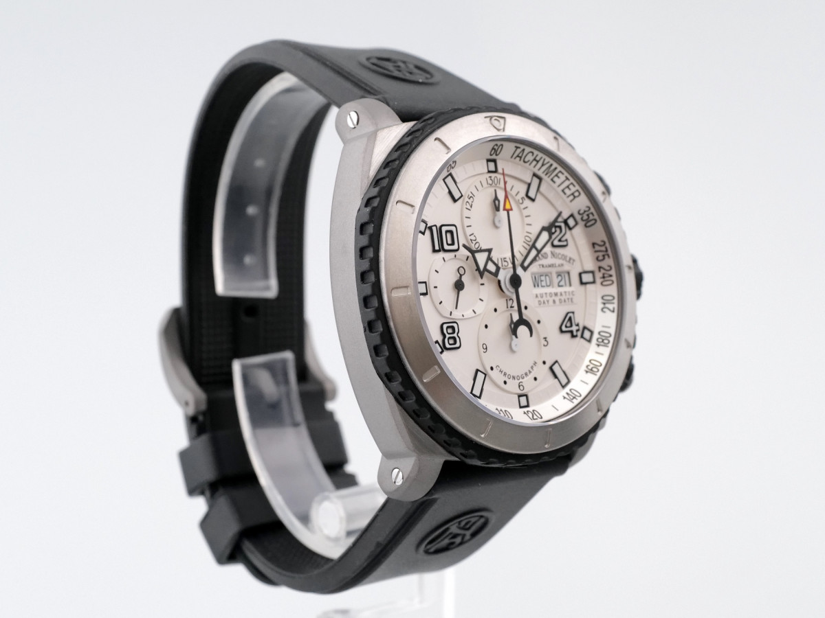 Швейцарские часы Armand Nicolet S05
