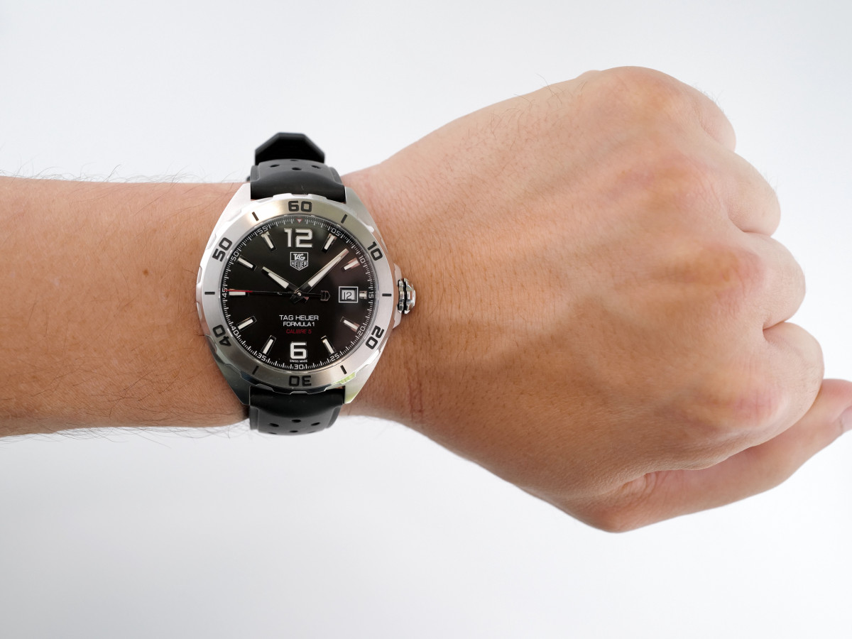 Швейцарские часы TAG Heuer Formula 1 Automatic