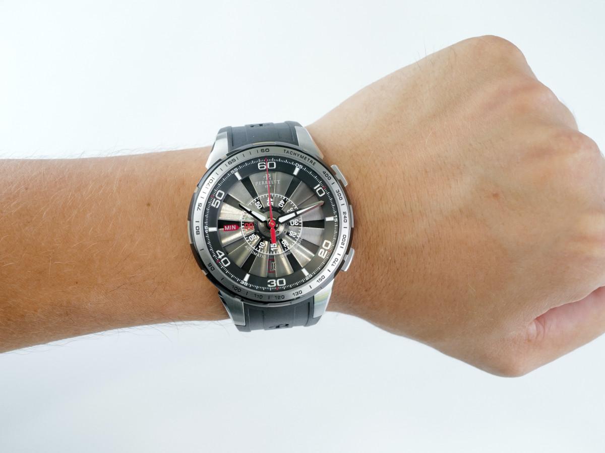 Швейцарские часы Perrelet Turbine Chrongraph