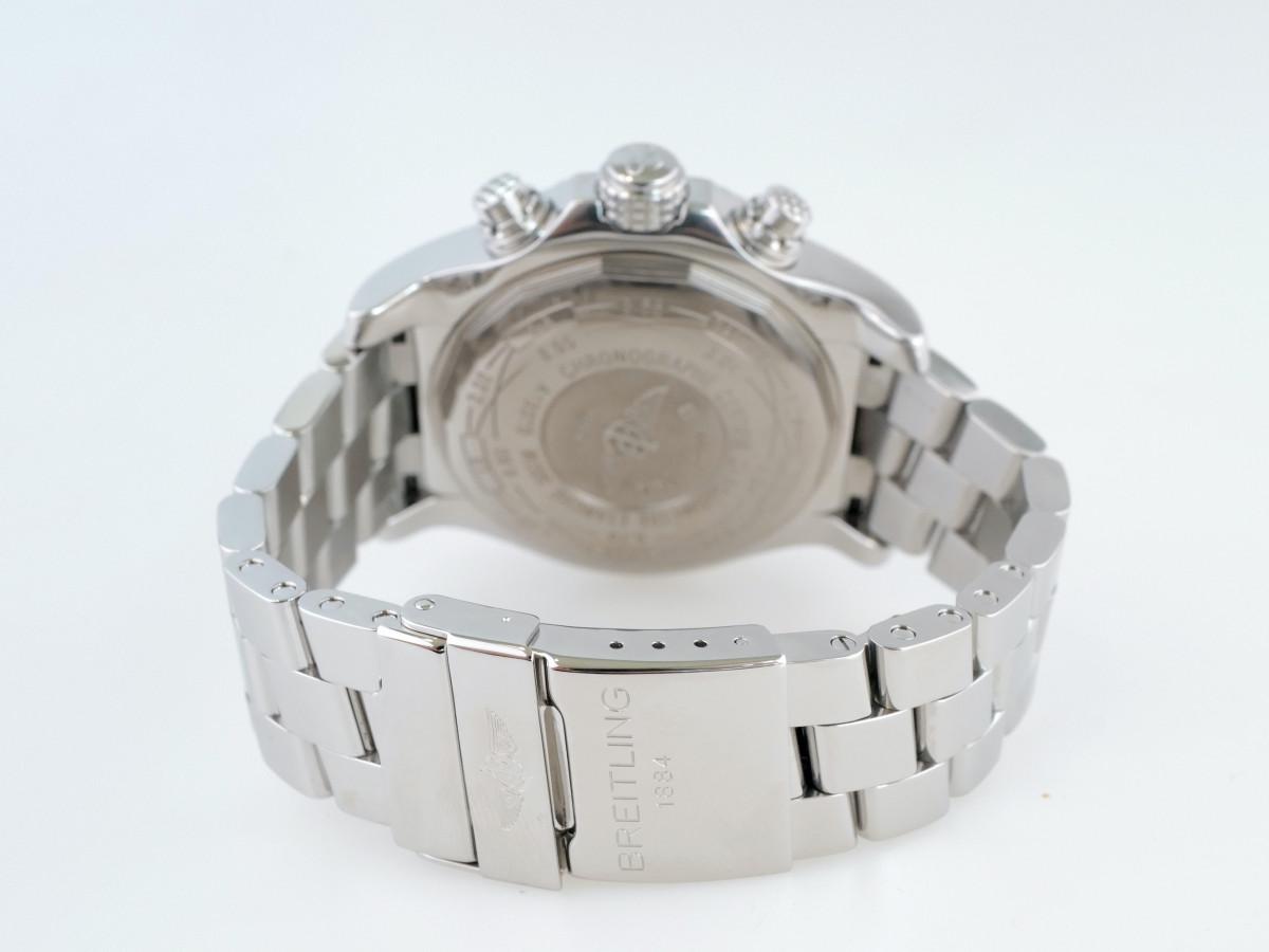 Швейцарские часы Breitling Super Avenger Chronograph