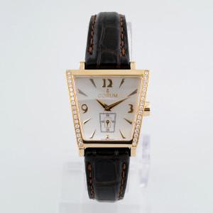 Швейцарские часы Corum Trapeze Gold Diamonds