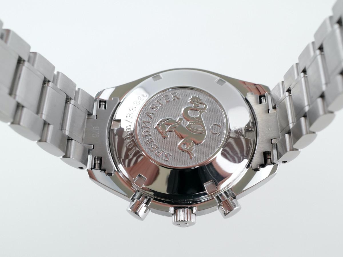 Швейцарские часы Omega Speedmaster Panda Dial