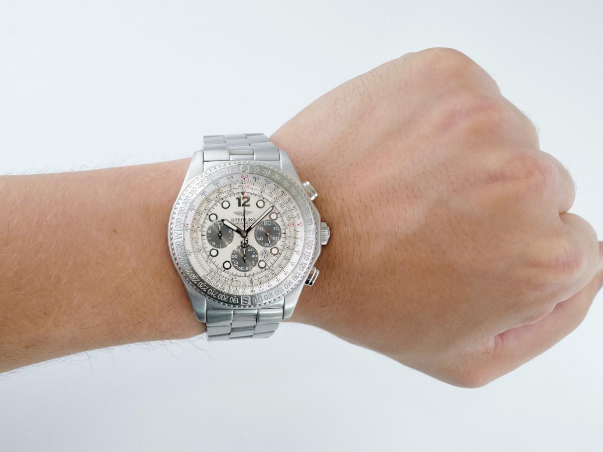 Швейцарские часы Breitling B2 Chronograph