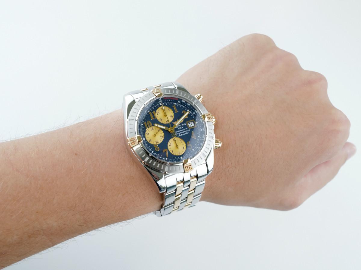 Швейцарские часы Breitling Chronomat Evolution