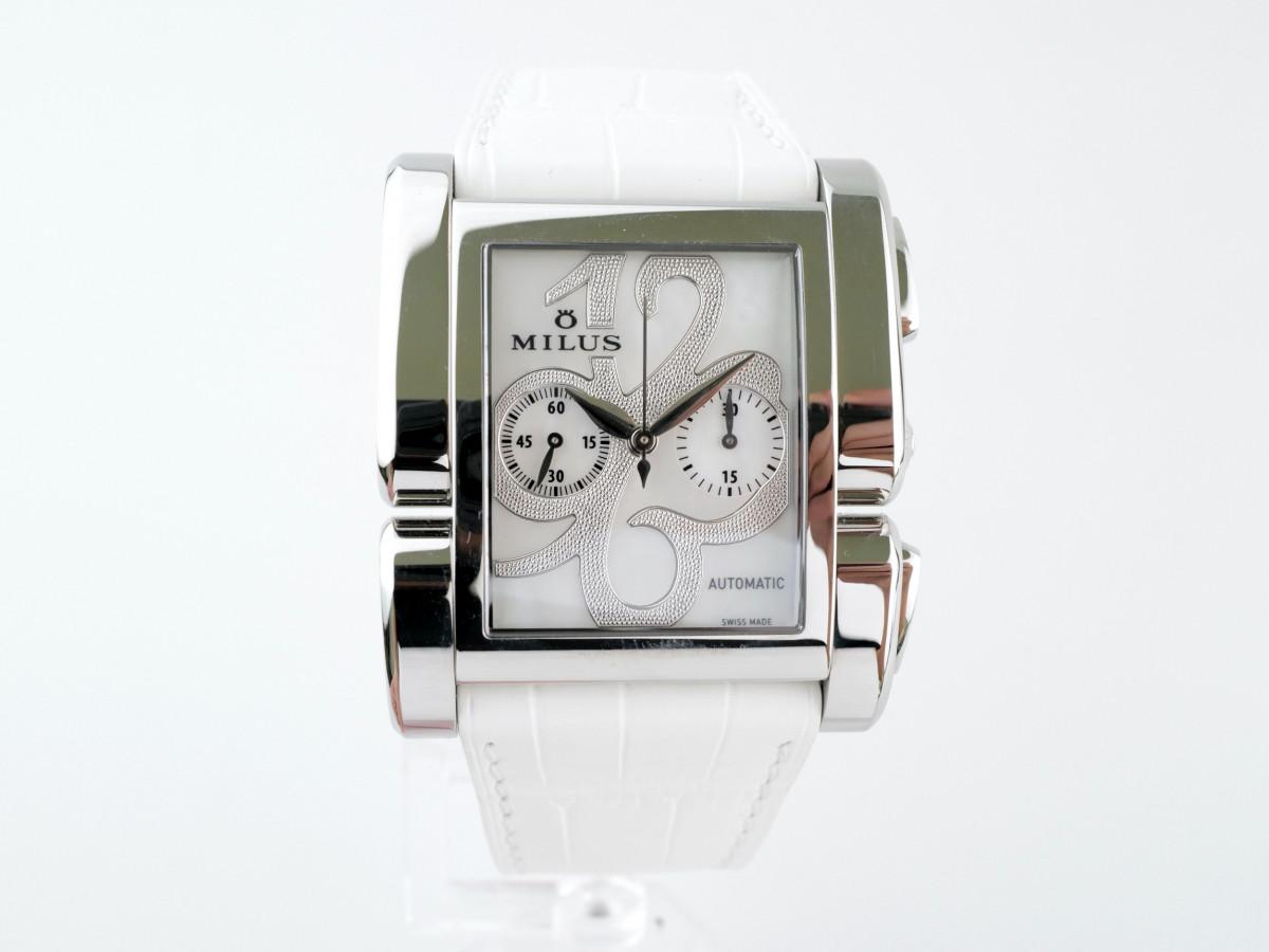Швейцарские часы Milus Apiana Chronograph