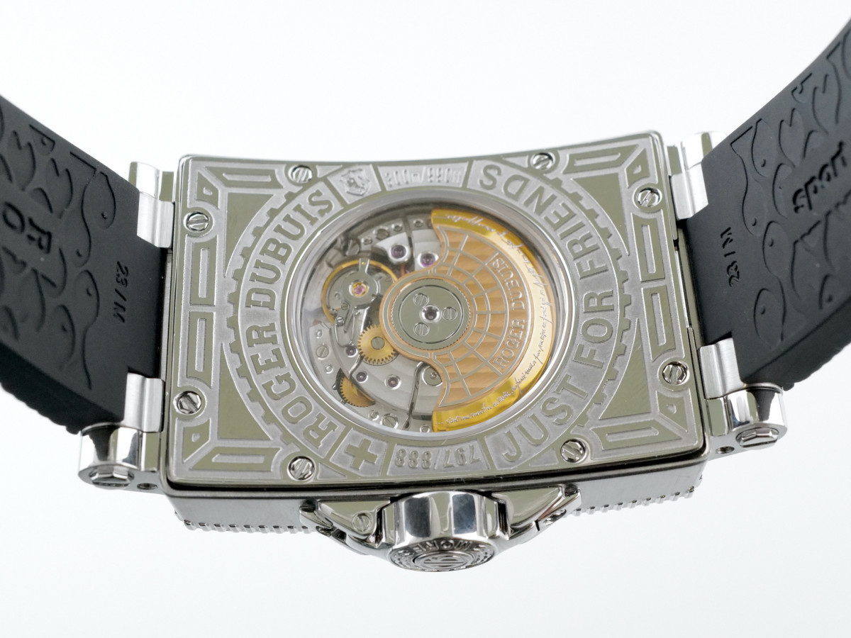 Швейцарские часы Roger Dubuis Sea More Small Second