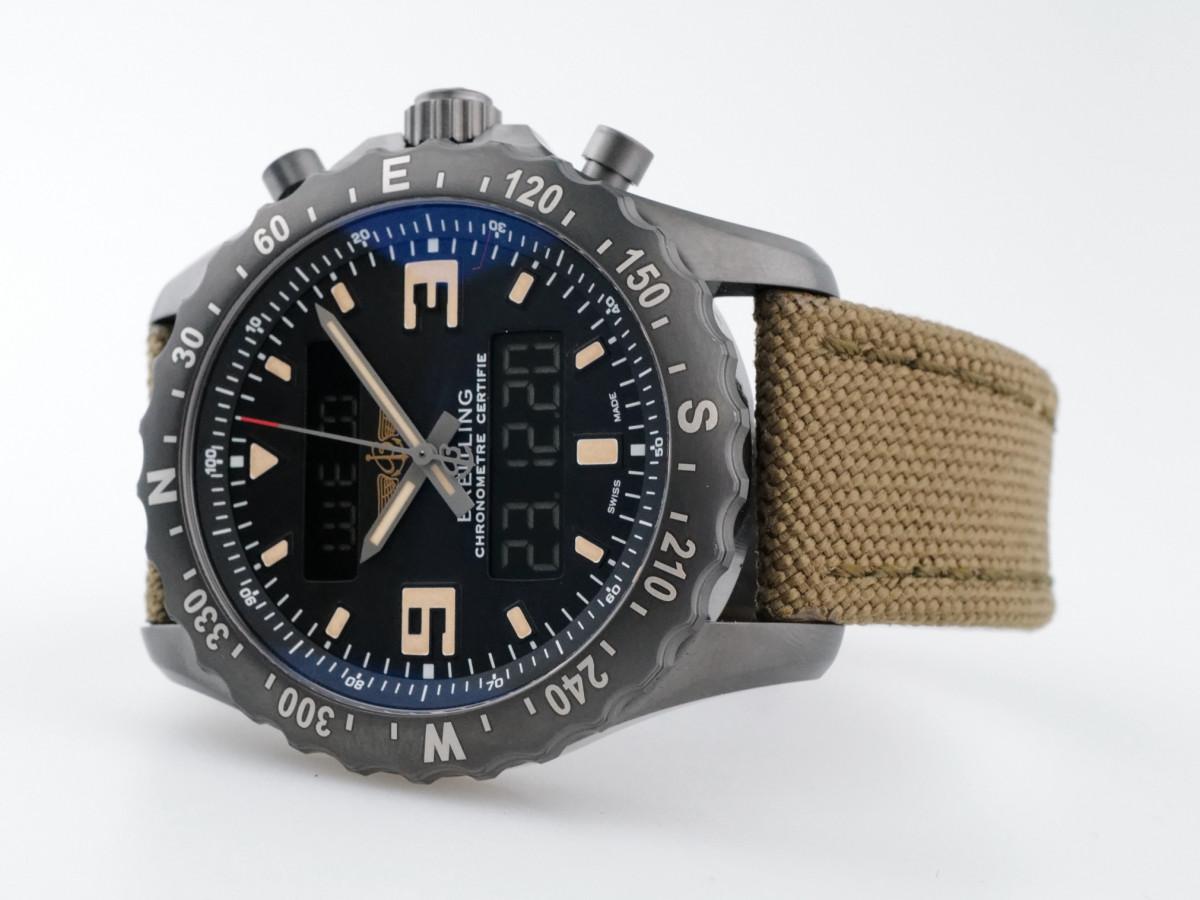 Швейцарские часы Breitling Chronospace Military