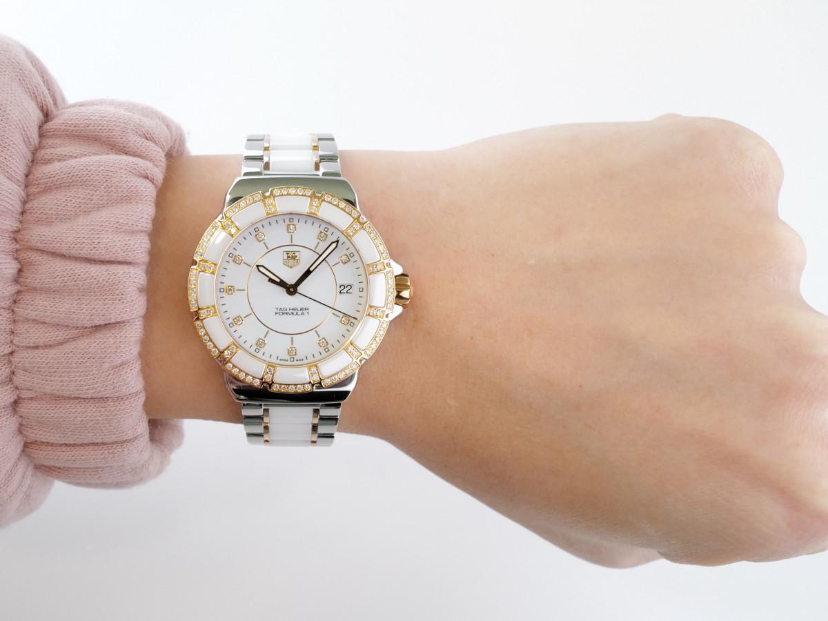 Швейцарские часы TAG Heuer Formula 1 White Diamond Dial