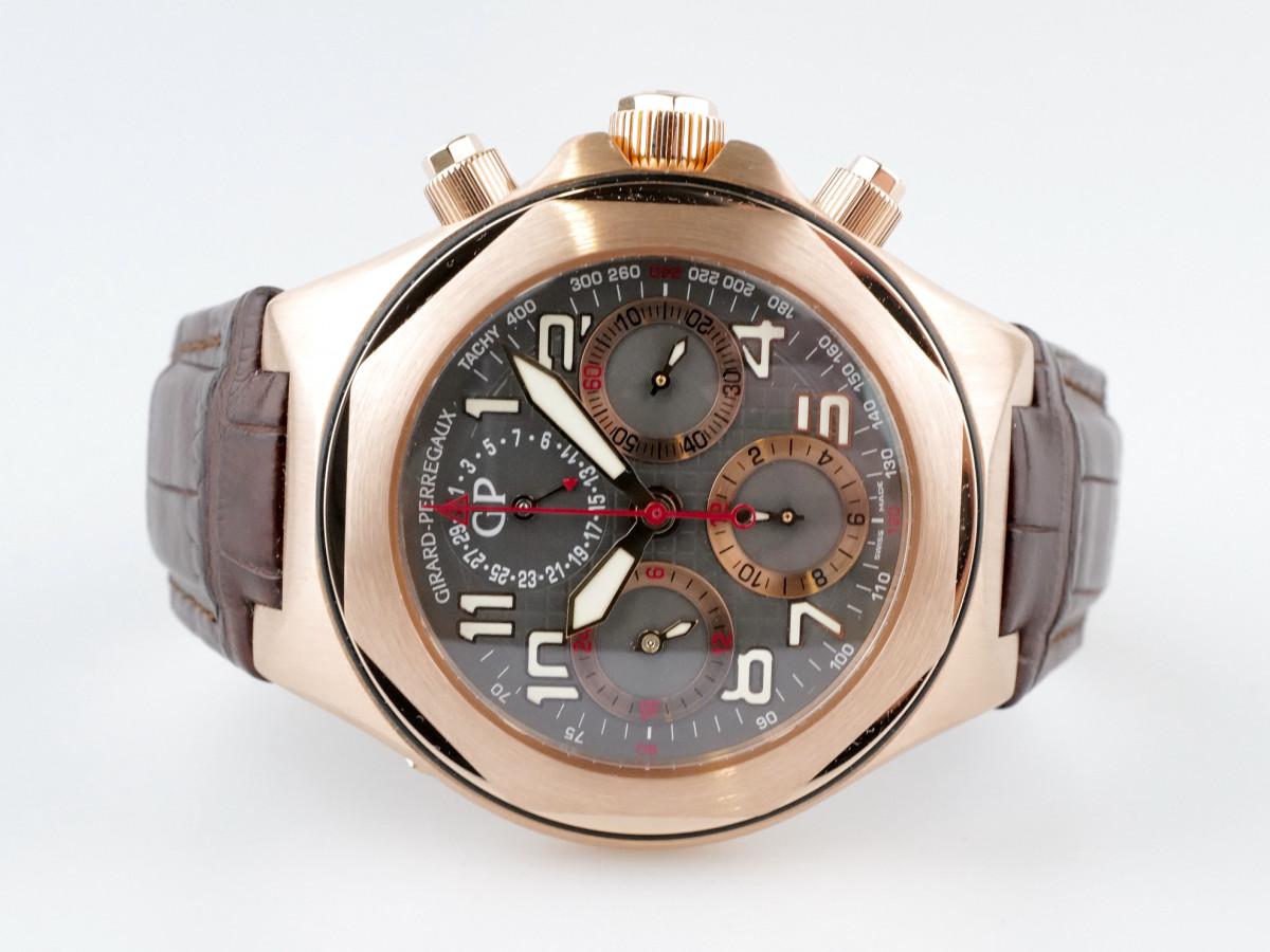 Швейцарские часы Girard Perregaux Laureato Evo3 Chronograph