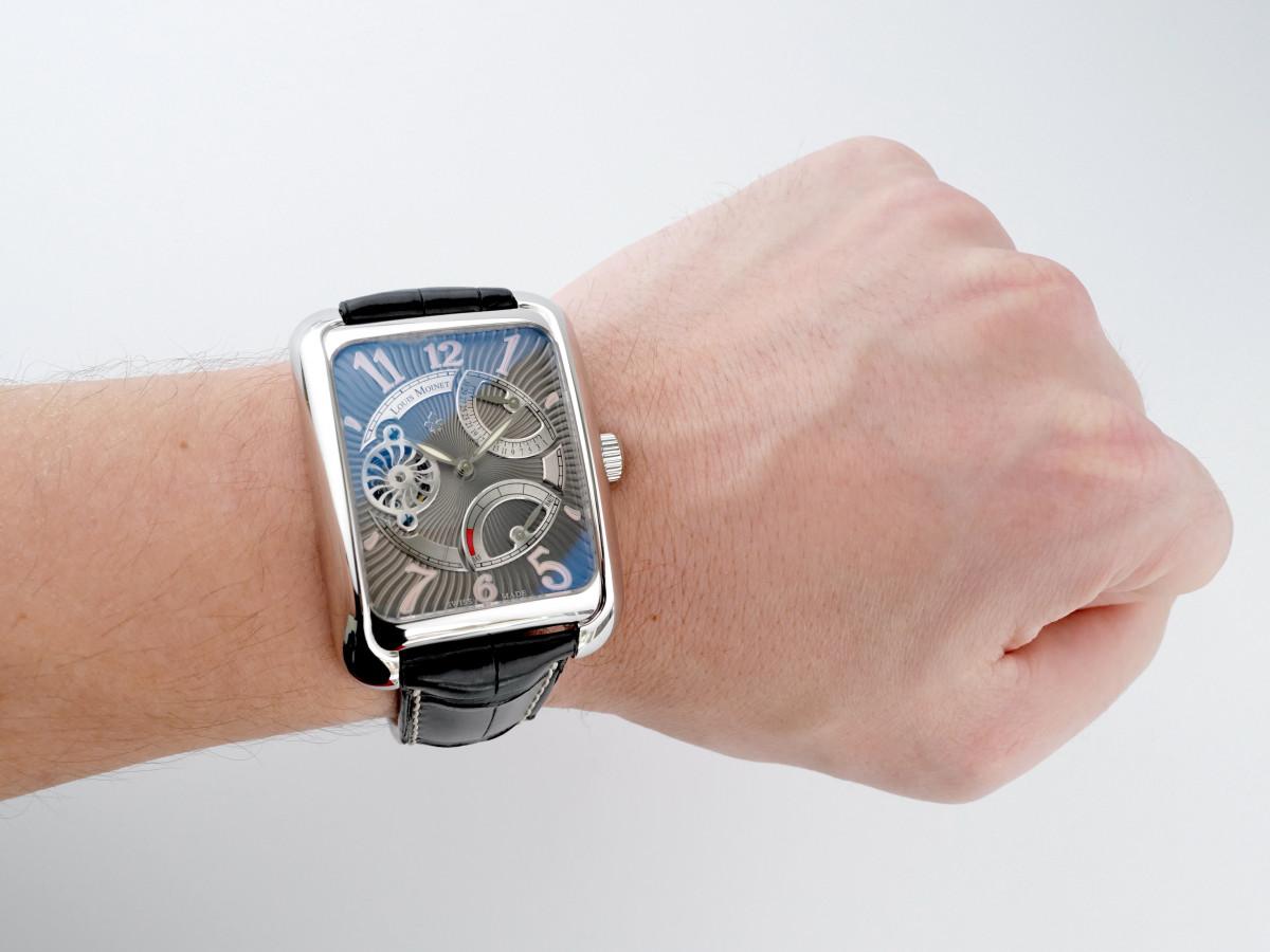 Швейцарские часы Louis Moinet Twintech