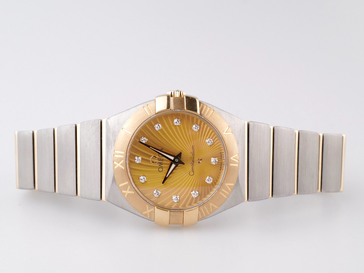 Швейцарские часы Omega Constellation Champagne Diamond Dial