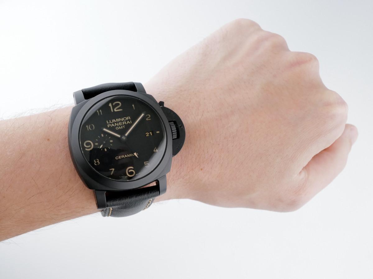Швейцарские часы Panerai Luminor 1950 3 Days GMT Ceramic