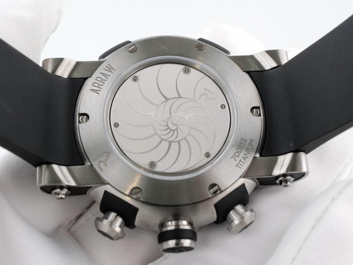 Швейцарские часы Romain Jerome Arraw Marine Titanium Chronograph