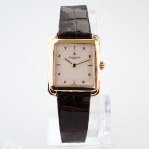 Швейцарские часы Vacheron Constantin Historiques 18K Yellow Gold