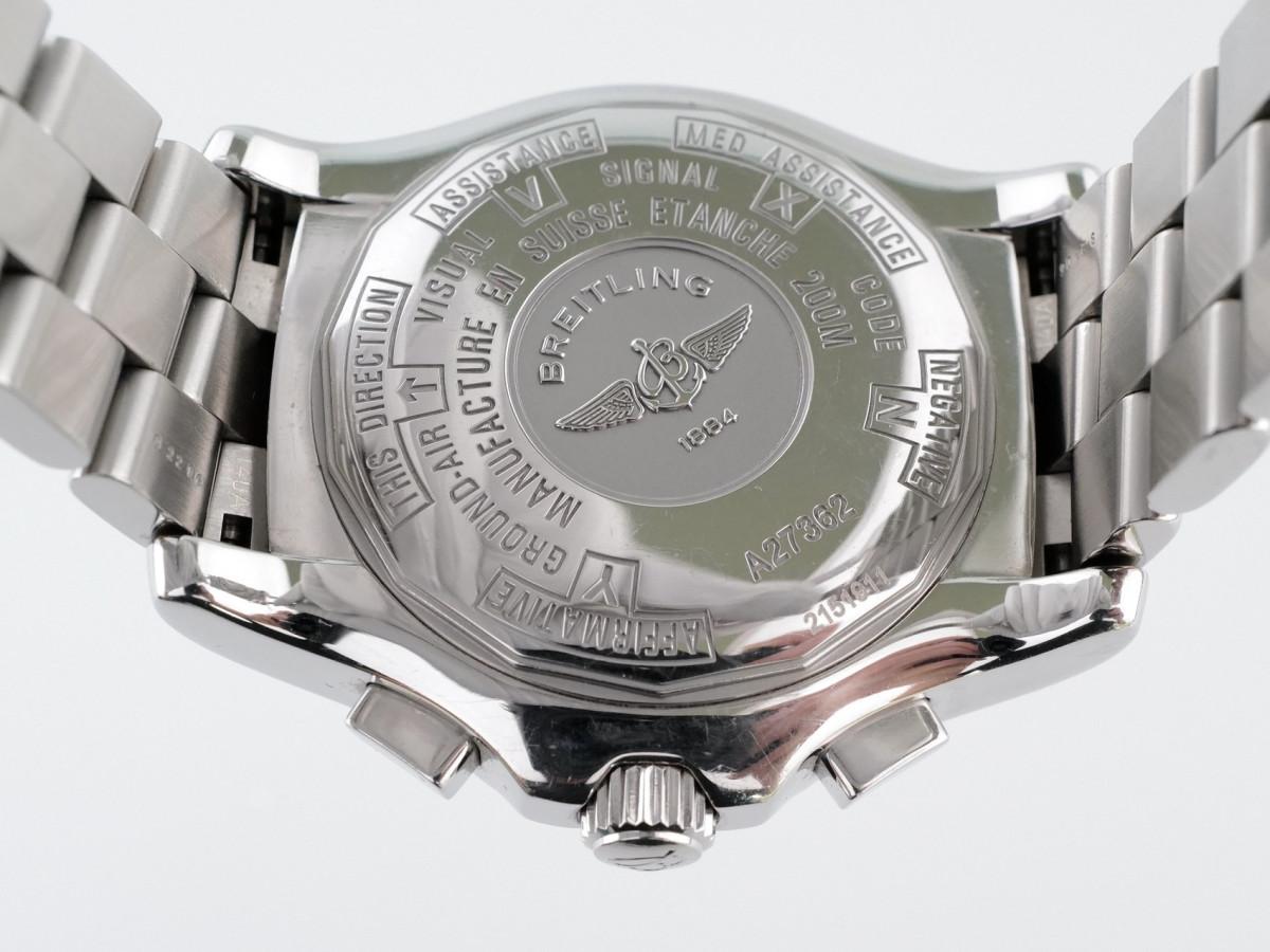 Швейцарские часы Breitling Professional Skyracer Blue Dial