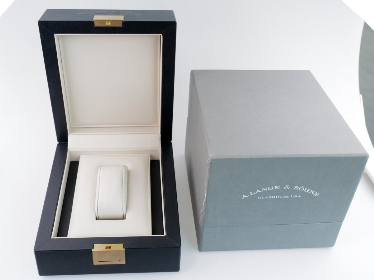 Швейцарские часы A. Lange and Sohne Saxonia 18K Rose Gold
