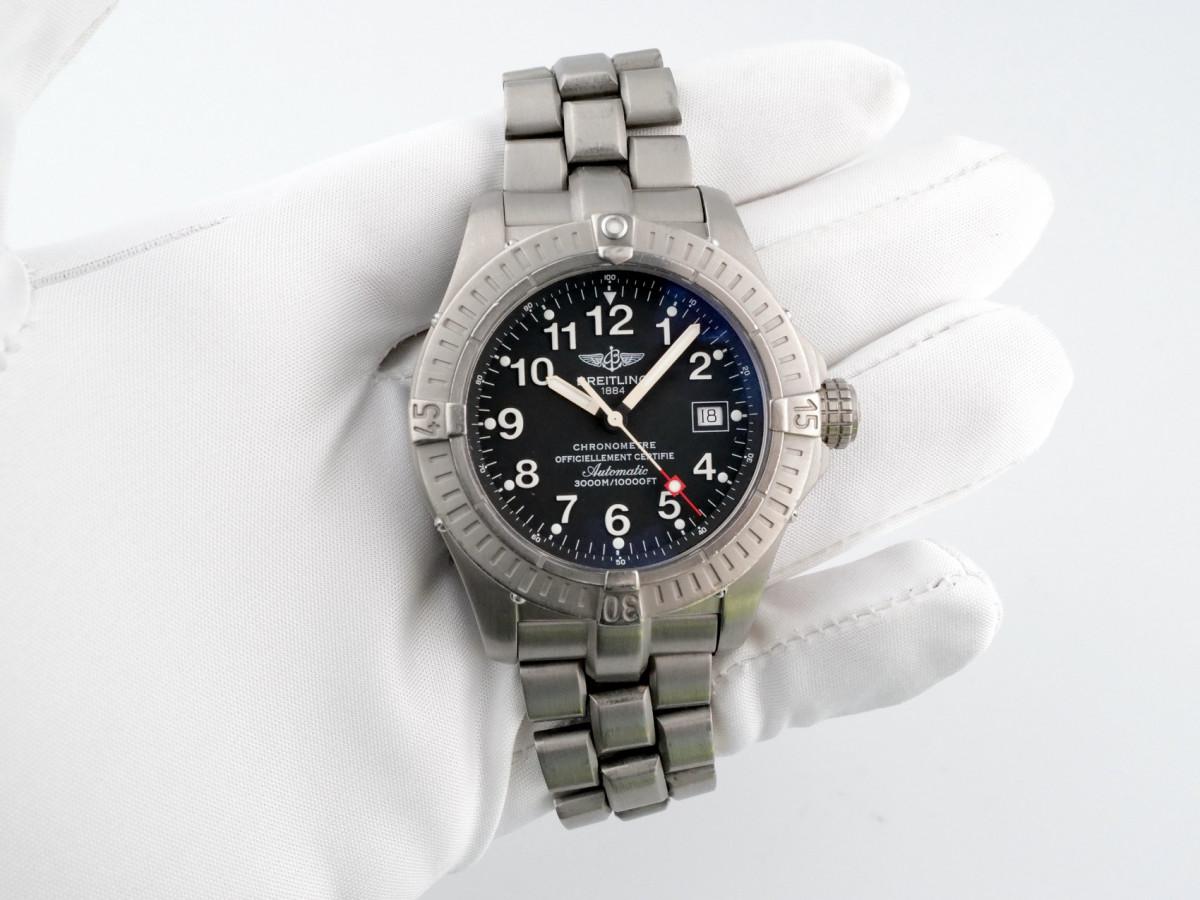 Швейцарские часы Breitling Avenger Seawolf