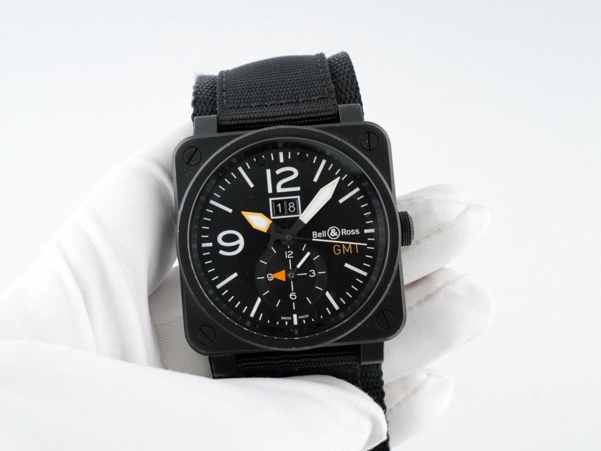 Швейцарские часы Bell & Ross Aviation GMT Carbon Fiber Dial
