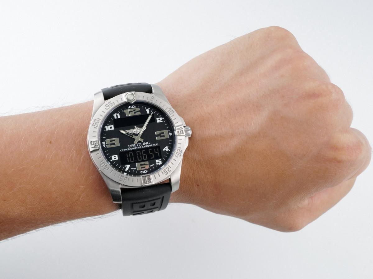 Швейцарские часы Breitling Aerospace EVO