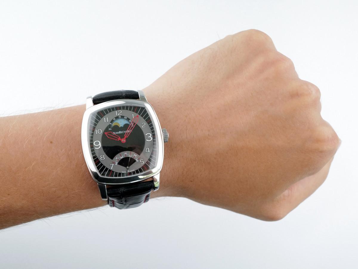 Швейцарские часы JeanRichard TV Screen XL Moon Phases