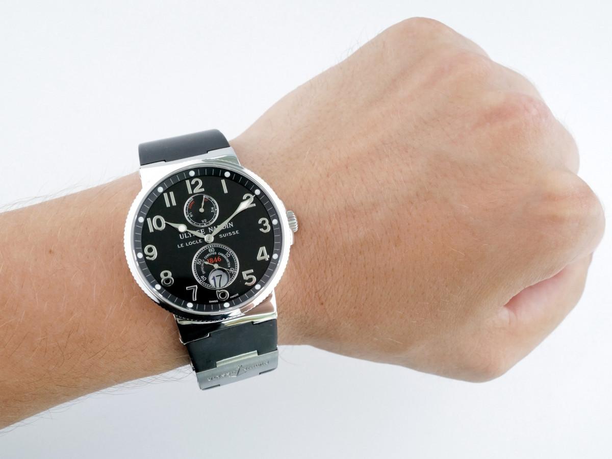 Швейцарские часы Ulysse Nardin Maxi Marine Chronometer Black Dial