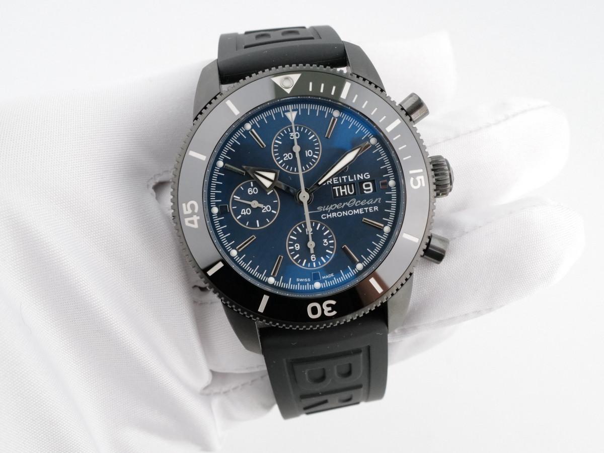 Швейцарские часы Breitling Superocean Heritage Chronograph 44 Outerknown