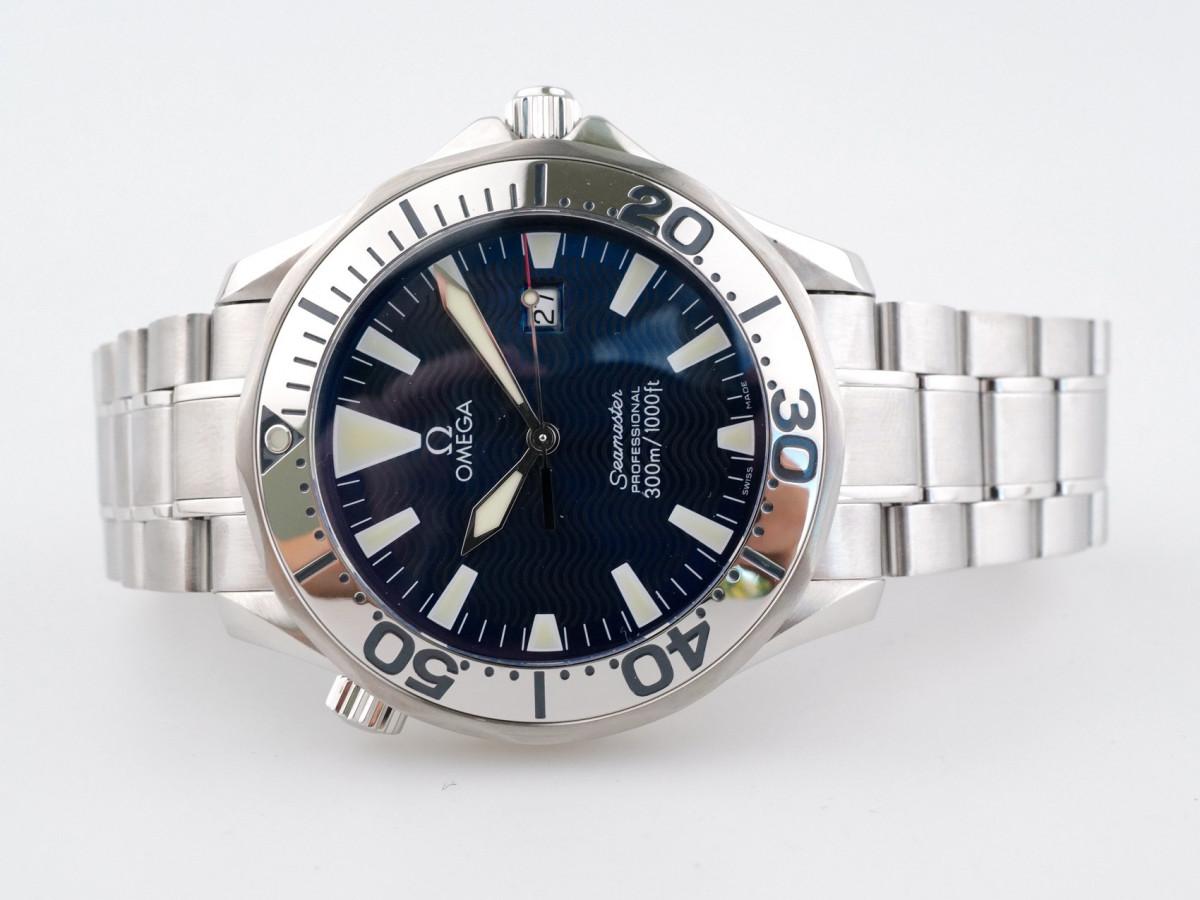 Швейцарские часы Omega Seamaster Quartz Chronometer Electric Blue