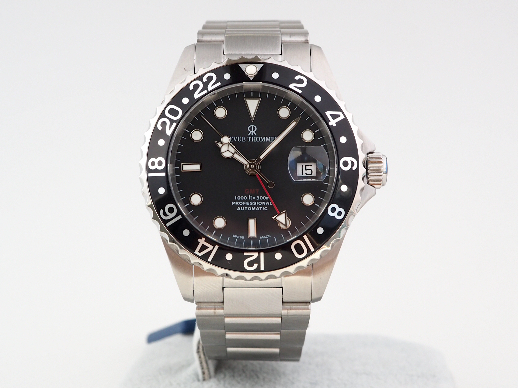 Revue Thommen Diver GMT