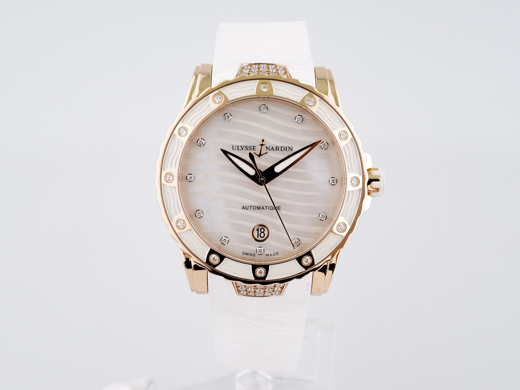 Швейцарские часы Ulysse Nardin Lady Diver 18K Rose Gold